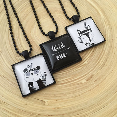 MONOCHROME PENDANTS